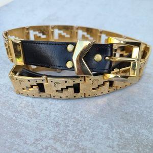 Vintage celestial gold tone metal belt
